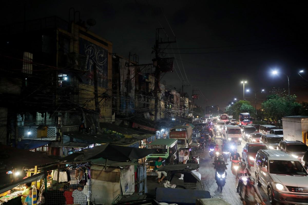 Жизнь в крупнейших трущобах Филиппин на снимках