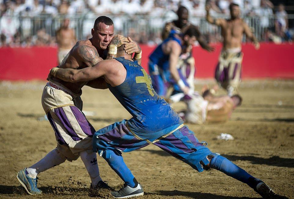 Флорентийский кальчо — 450-летняя экстремальная версия футбола