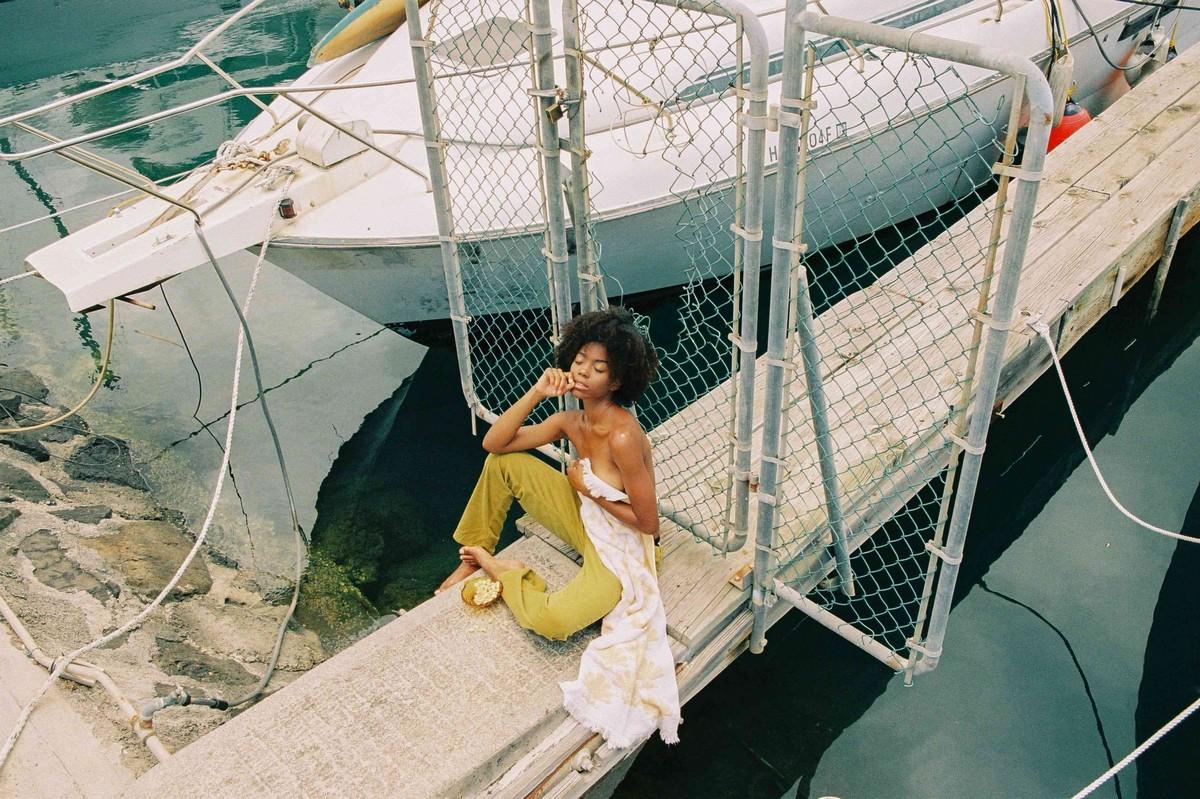 Чувственные снимки девушек от Саманты Фейен