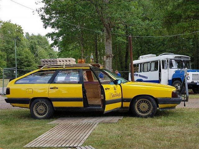 Необычная передвижная банька из старого Audi