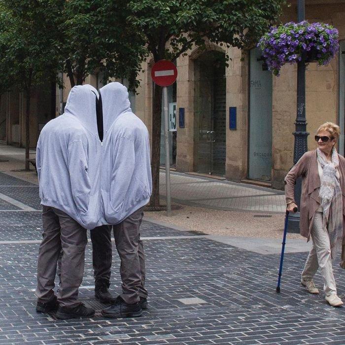 Реалистичные манекены в городах от художника Марка Дженкинса