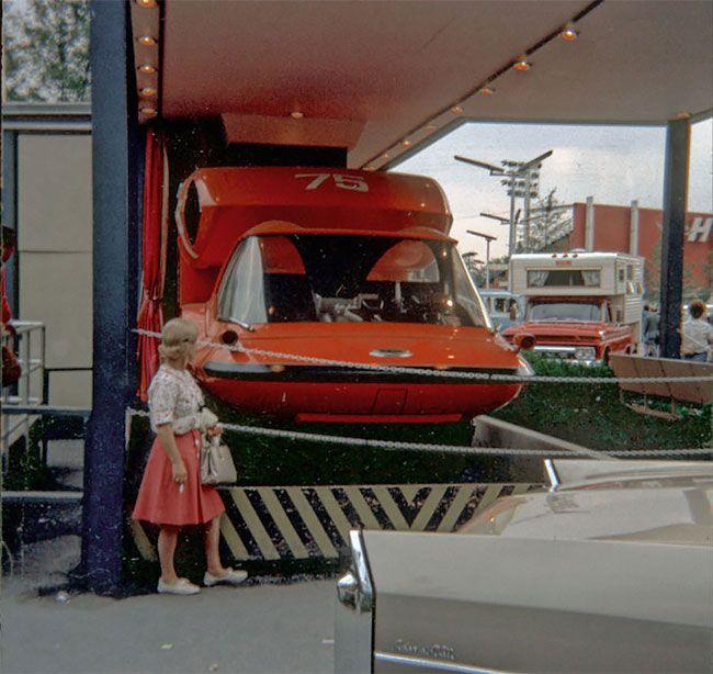Уникальный тягач будущего GM Bison 1964 года