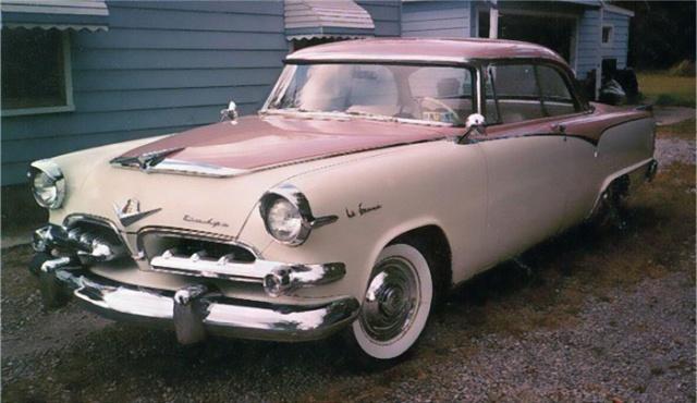 Стильный Dodge 50-х годов специально для женщин