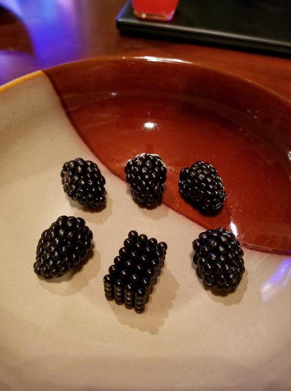 25 несъедобных предметов, которые выглядят слишком аппетитно