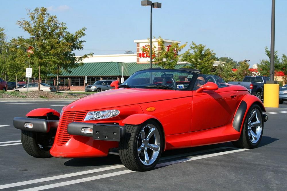 25 уродливых автомобилей, которые можно любить и ненавидеть