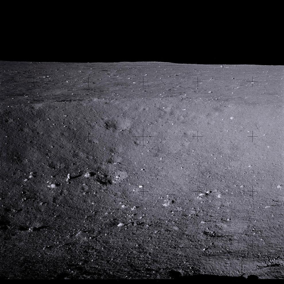 Исторические снимки NASA: космонавты впервые высадились на Луну