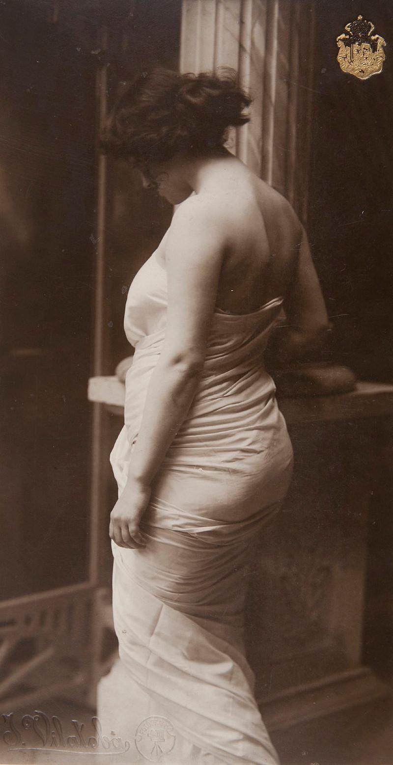 Снимки от пионера фотографии Джоана Вилатоба