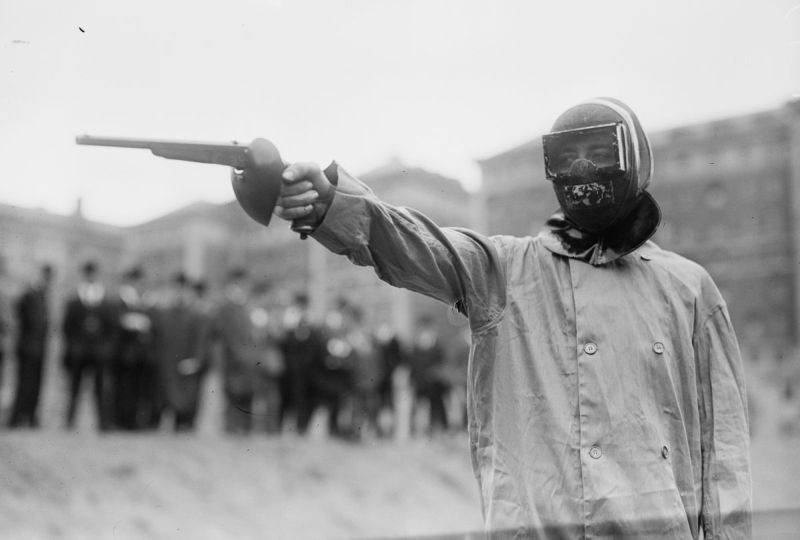 Дуэли на пистолетах были Олимпийским видом спорта