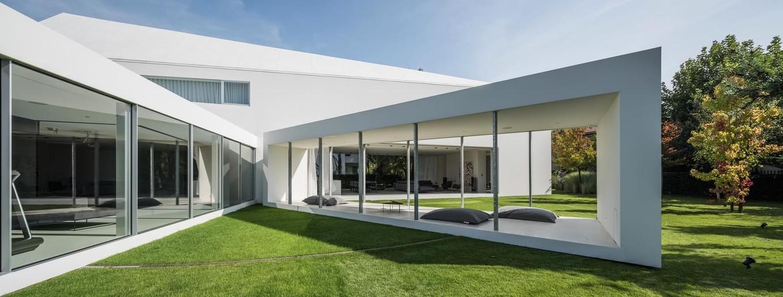 Частный дом с движущейся террасой в Польше