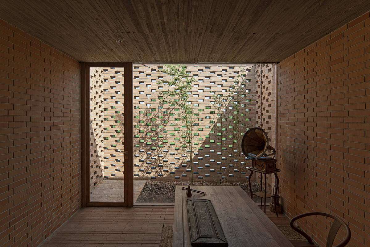 Одноэтажный кирпичный дом с дворами в Китае