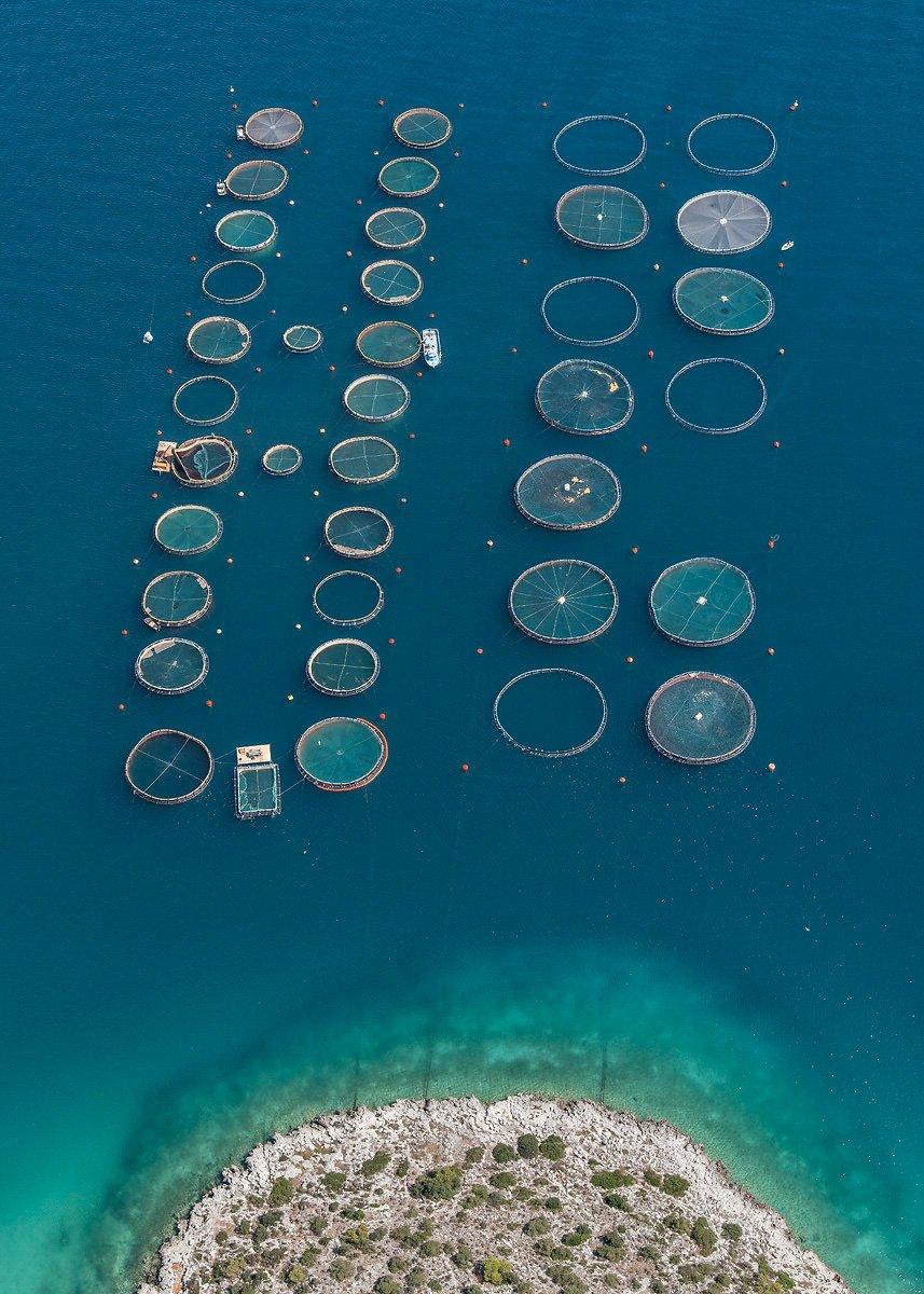 Рыбные хозяйства Греции на воздушных снимках Бернхарда Ланга