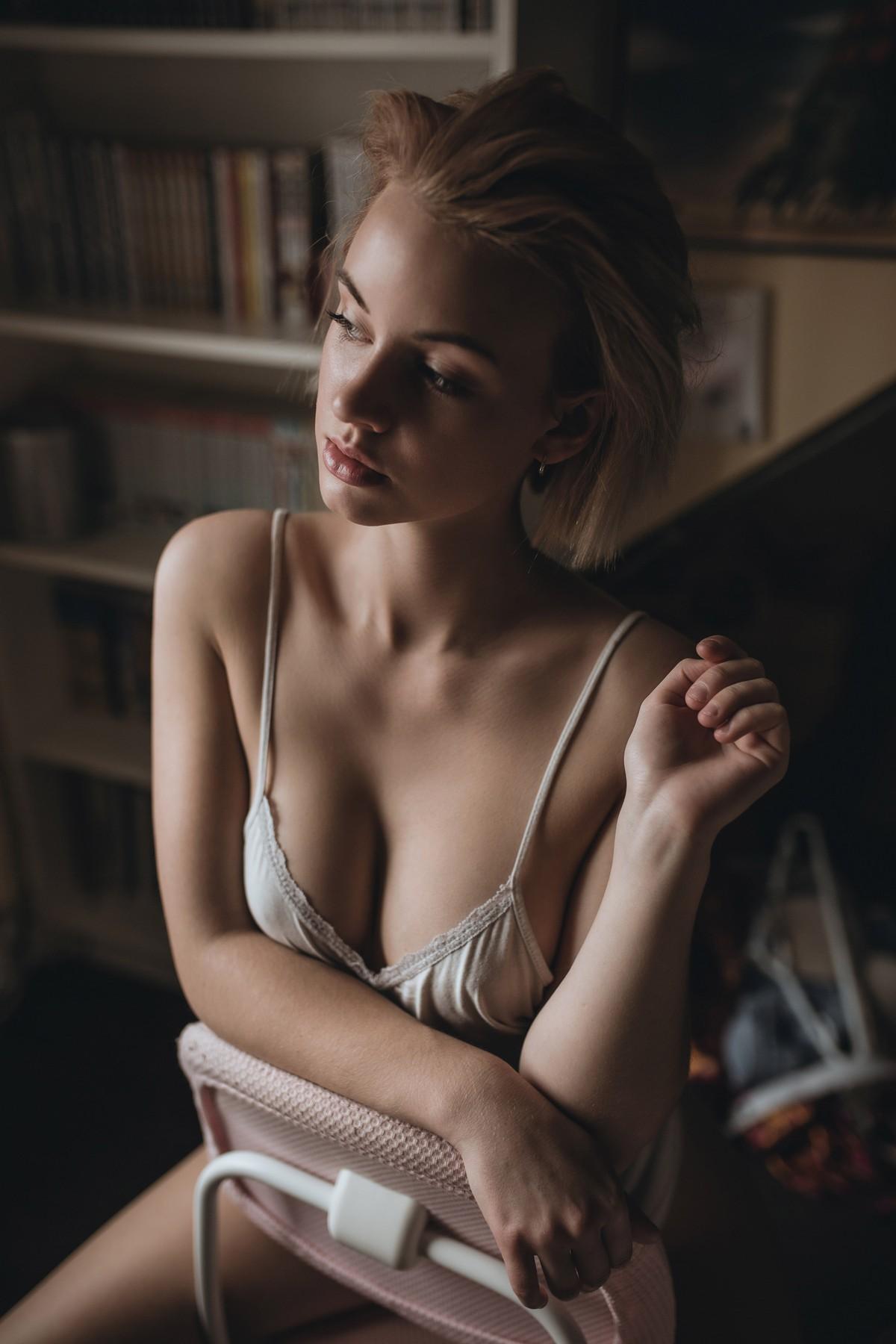 Чувственные снимки девушек от Леви Прайса