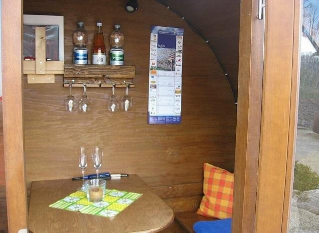 Немецкий отель, где вместо номеров винные бочки