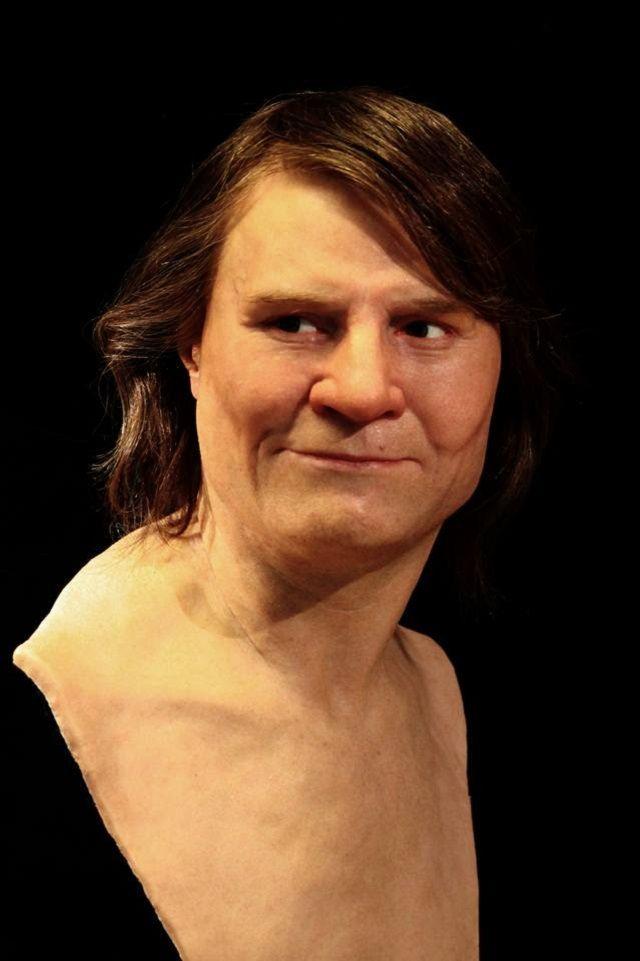 Реалистичные скульптуры людей, живших тысячи лет назад