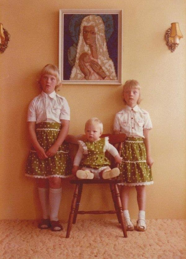 Странные и забавные фотографии братьев и сестер