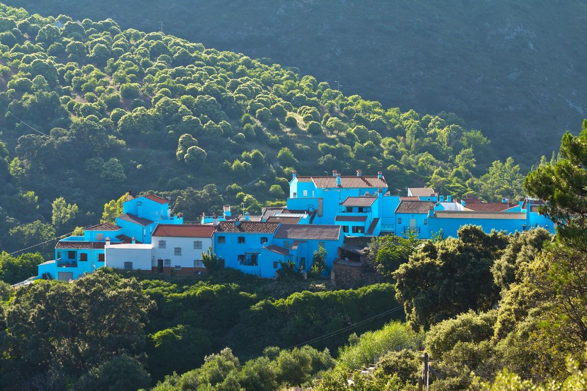Деревня смурфов в Испании