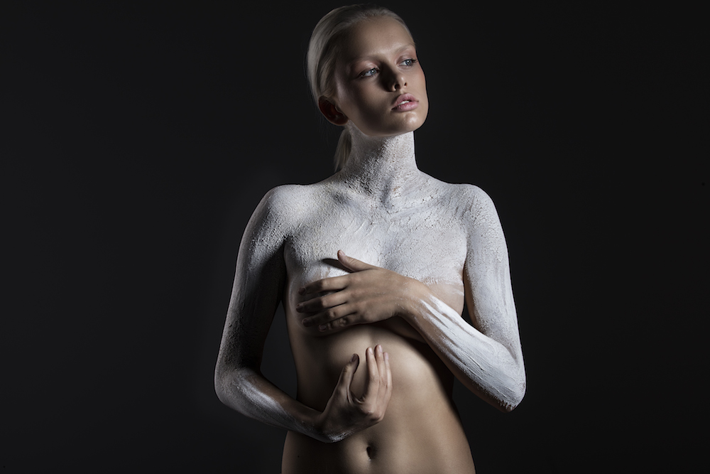Модели и власть стихий в фотосессии