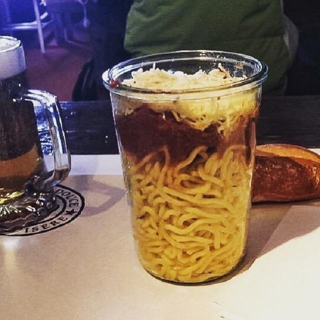 Экстравагантная подача блюд в ресторанах
