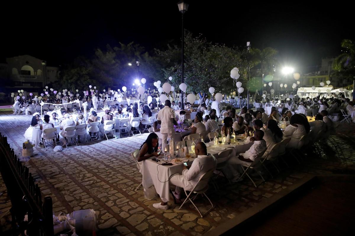 Ужин в белом на Гаити: Haiti's Diner En Blanc 2019