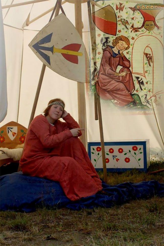 Странные сцены из средневековых книг от чешских студентов