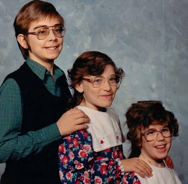 Старые фото из семейных альбомов, которых они стеснялись всю жизнь