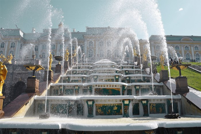 История легендарных фонтанов Петергофа