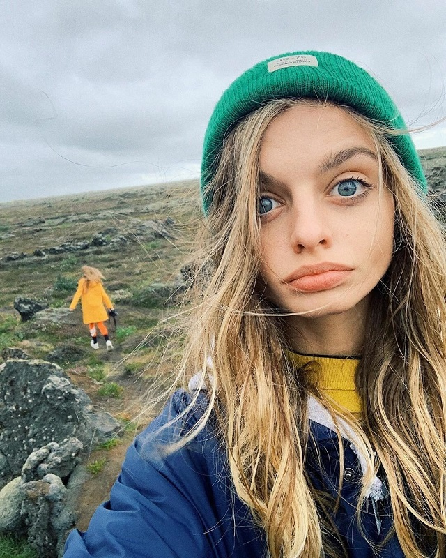 Модель Мария Оз с самыми большими глазами в мире