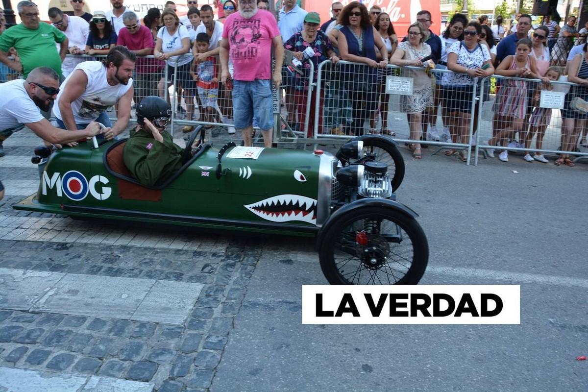 Гонки на безумных автомобилях Los Dormis прошли в Испании