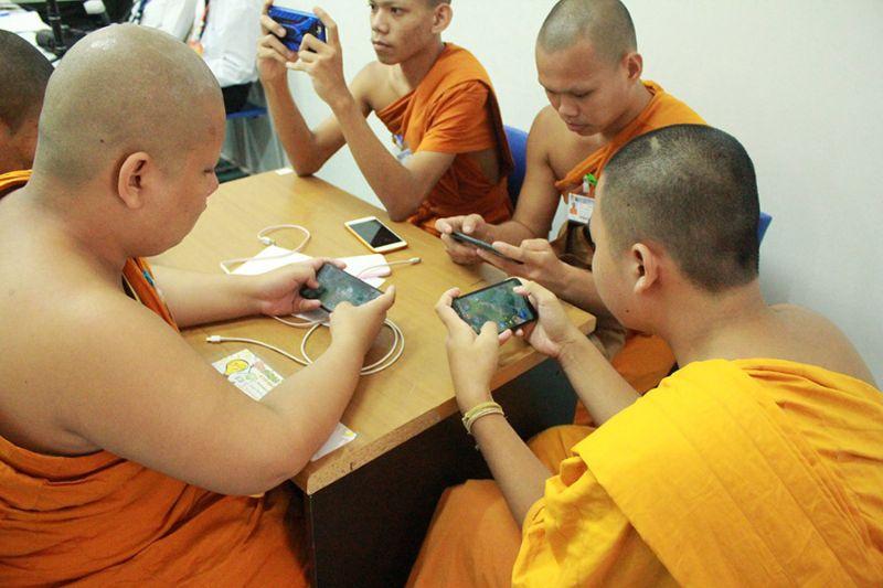 Буддийские монахи выиграли турнир по киберспорту