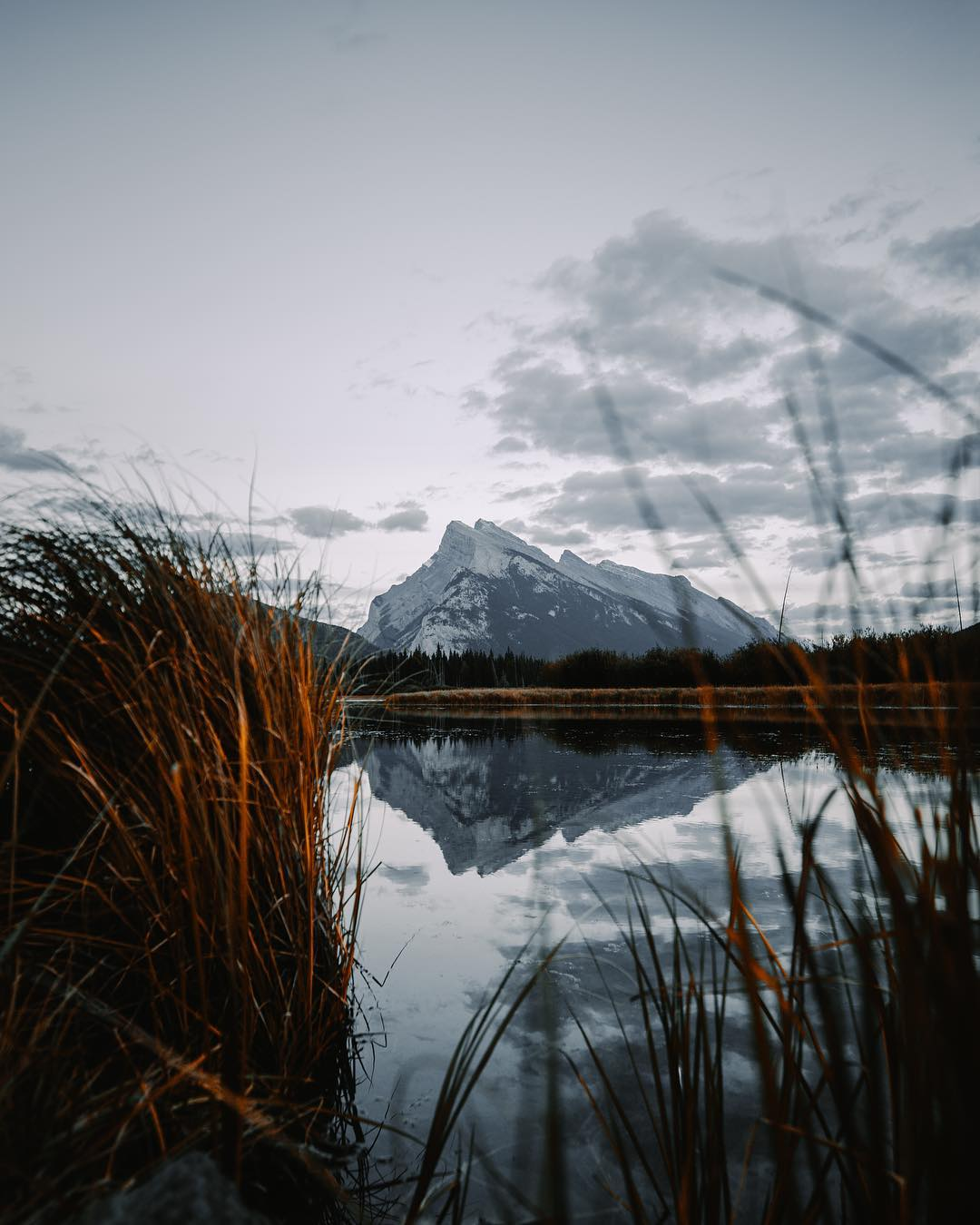 Пейзажи и путешествия на снимках Питера Маккиннона