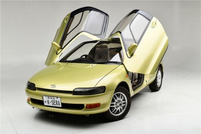 Toyota Sera 1990-1995: двери как у McLaren F1, но дешевле