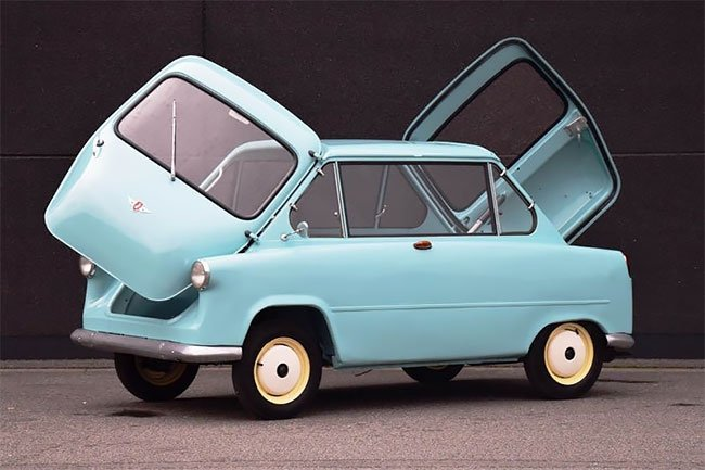 Двуликий мини-кар Zundapp Janus из Германии