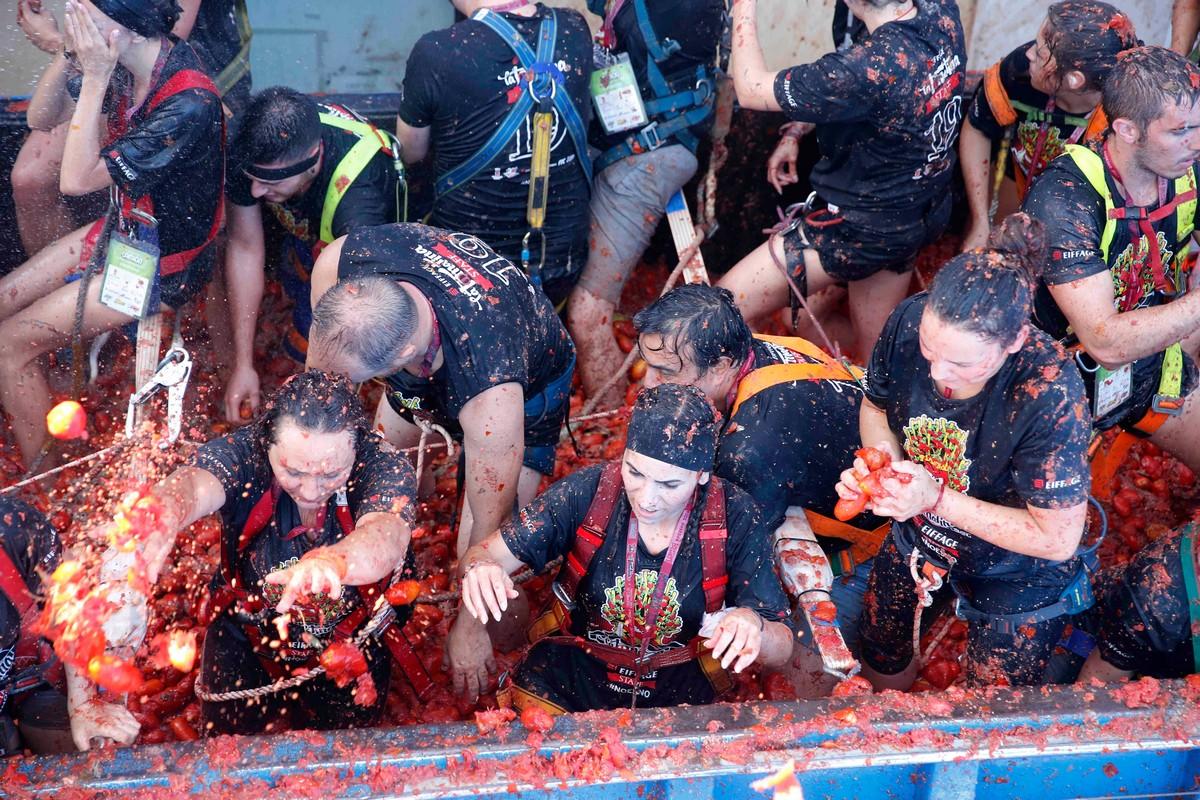 Ежегодный фестиваль Tomatina 2019 в Испании