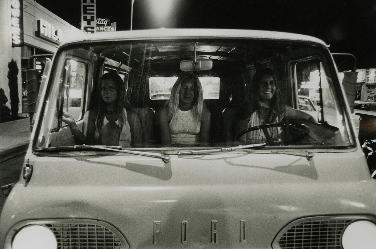 Молодежная и автомобильная культура Америки 1970-х годов от Рика МакКлоски