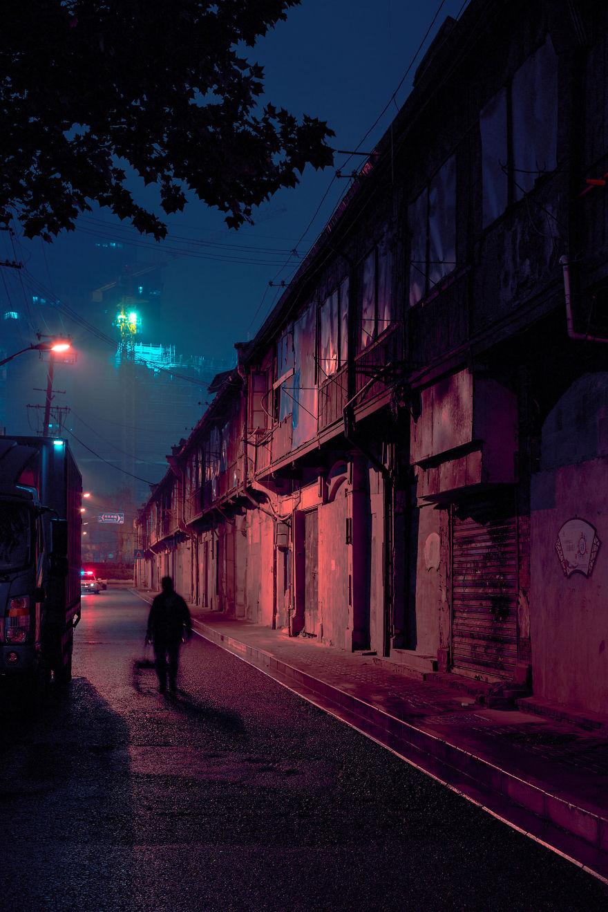 Киберпанковые улицы Шанхая на снимках Коди Эллингема
