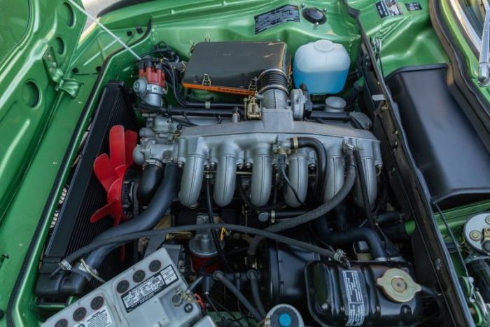 Редкий зелёный BMW 3.0 CSL 1974 года выпуска