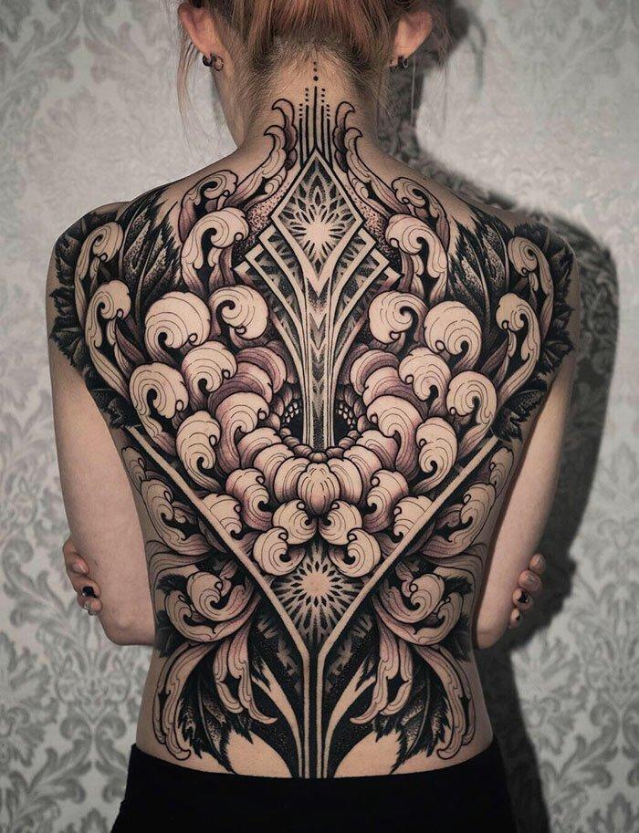 50 потрясающих татуировок на всю спину