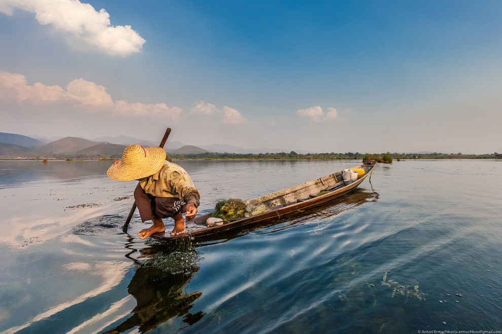 Рыбаки Инта на озере Инле