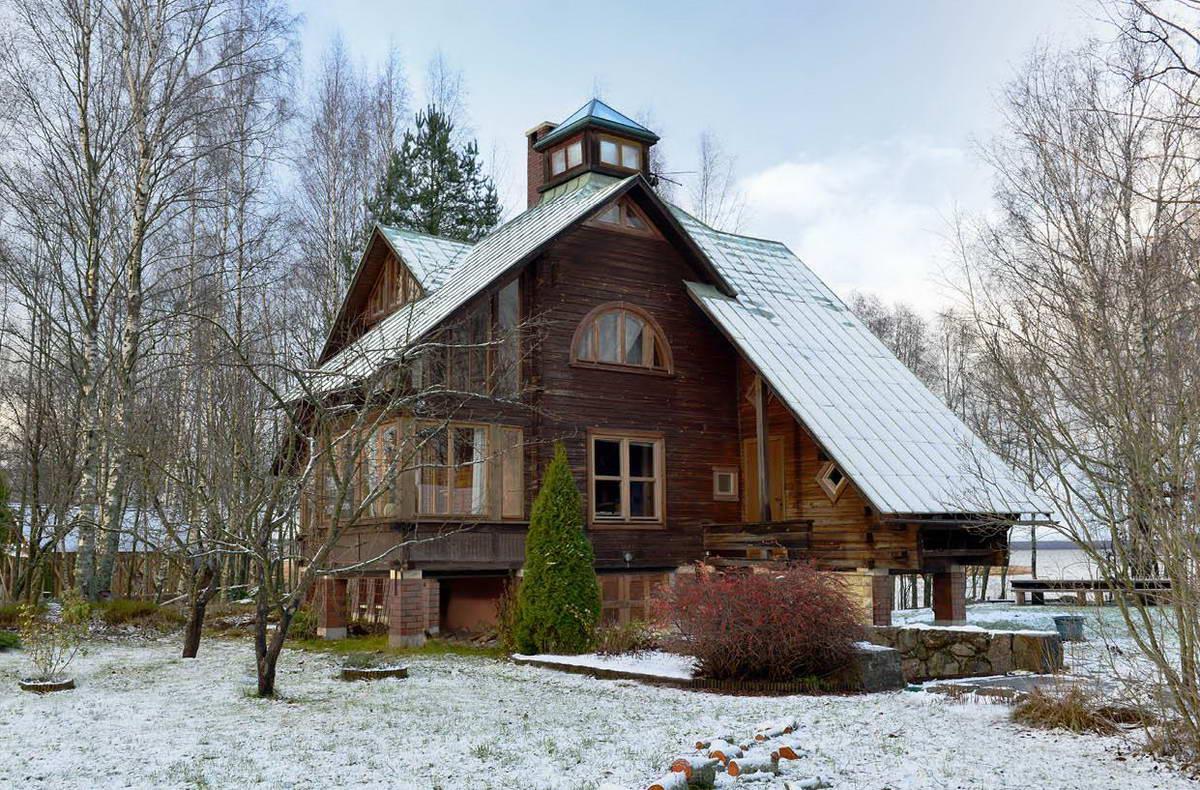 Тройной дом из бруса возле Балтийского моря