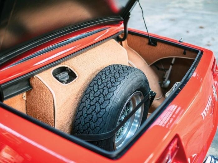 Ferrari 330 GTC Zagato и кузовной ремонт