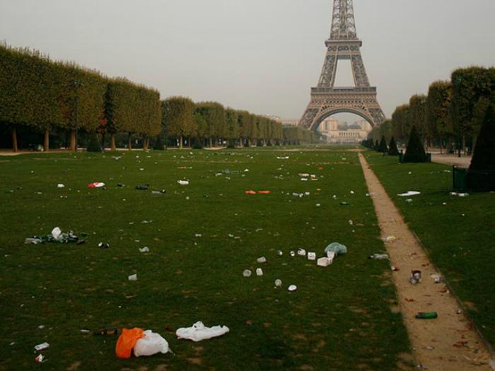 Чем туристов разочаровывает Париж