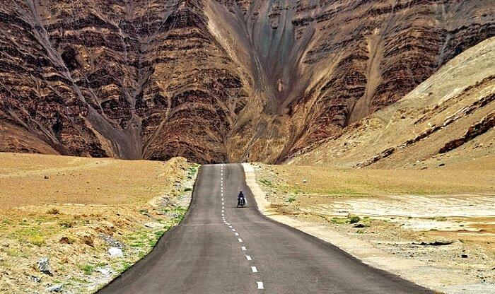 Самые захватывающие и оригинальные дороги мира