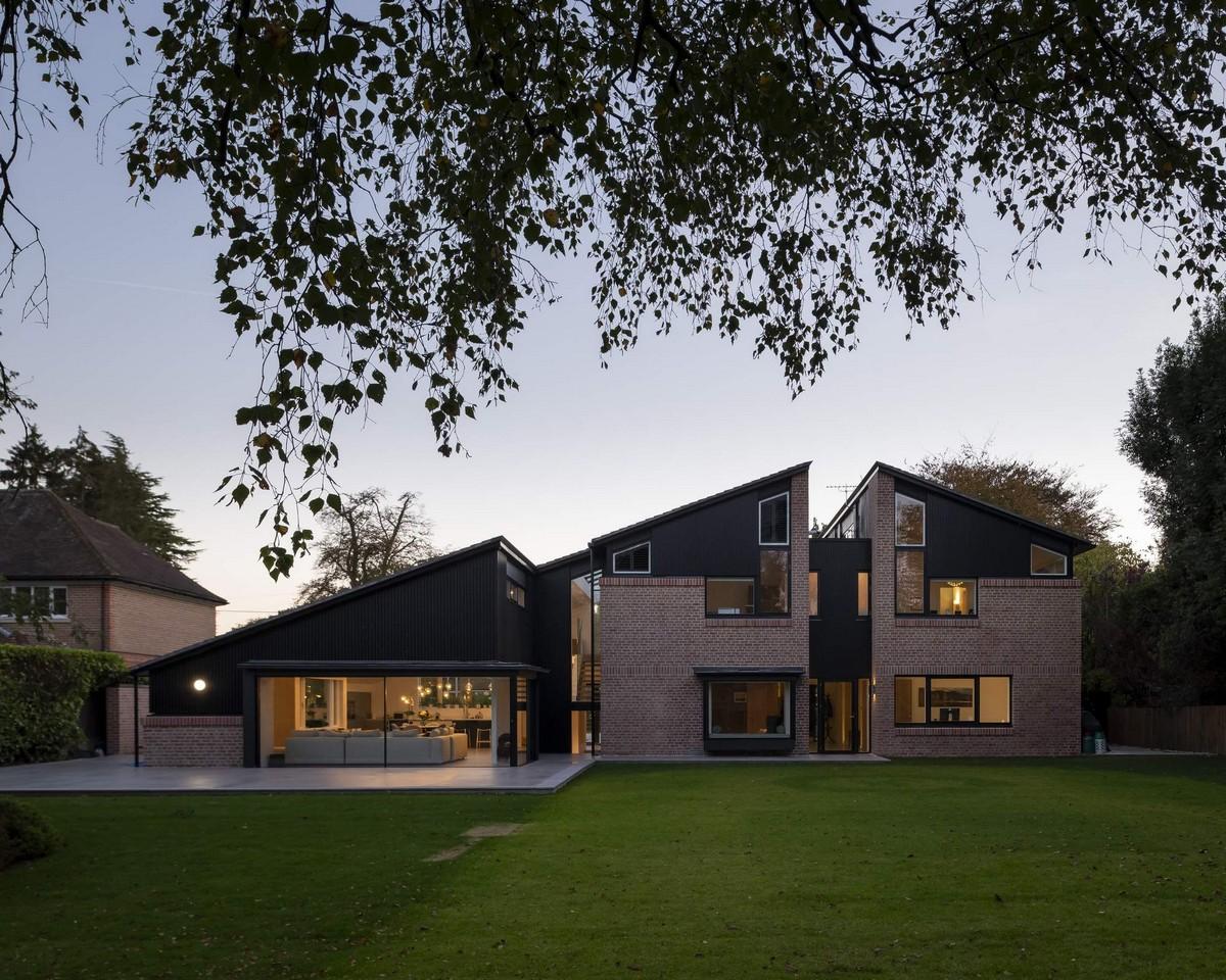 Разделенный на части дом в Великобритании
