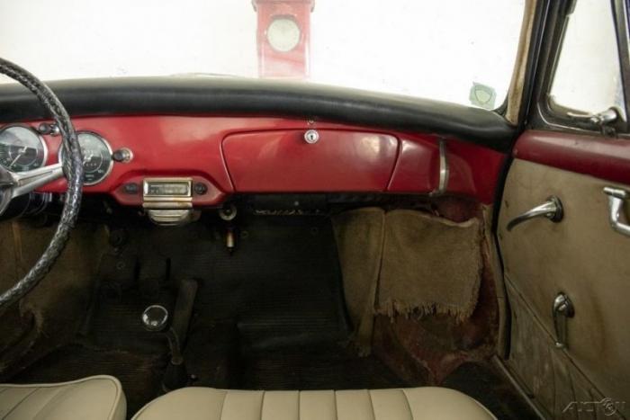Заброшенный Porsche 356 B из Кремниевой долины