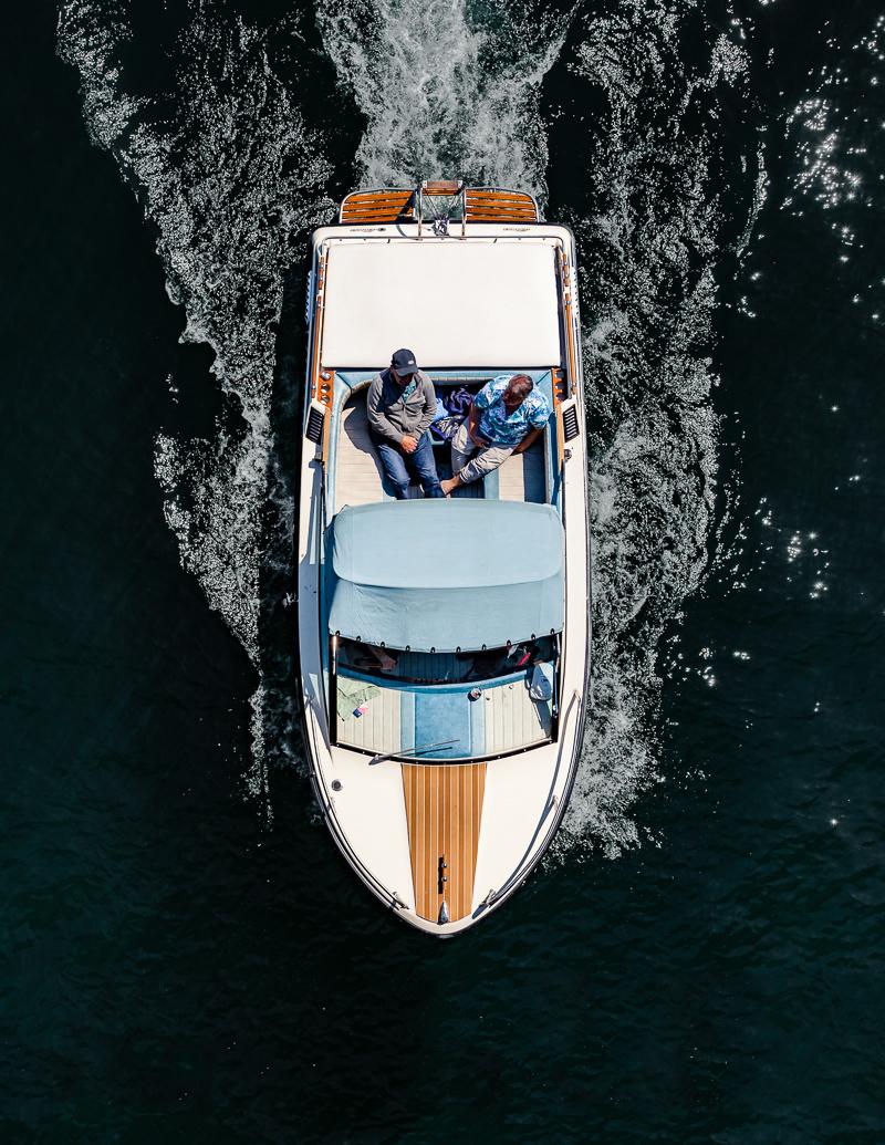 Лодки и катера с высоты на аэрофотоснимках Тома Хегена