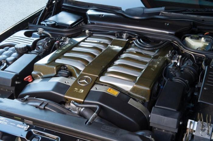 Редкий Mercedes-Benz SL73 AMG выставлен на торги