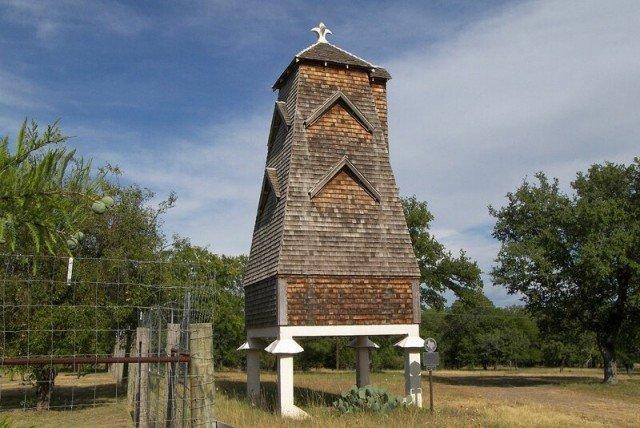 Башня против комаров во Флориде