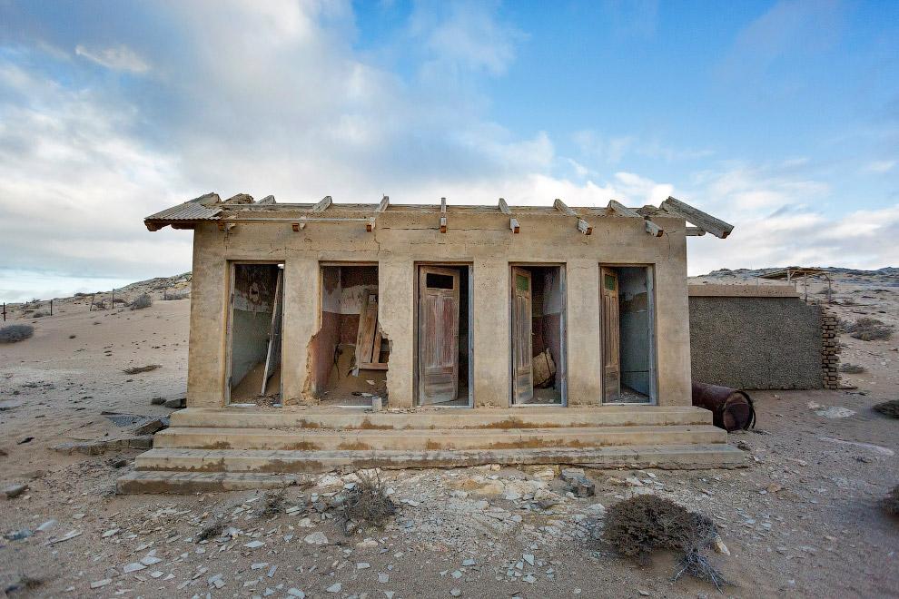 Колманскоп — алмазный город-призрак в Намибии