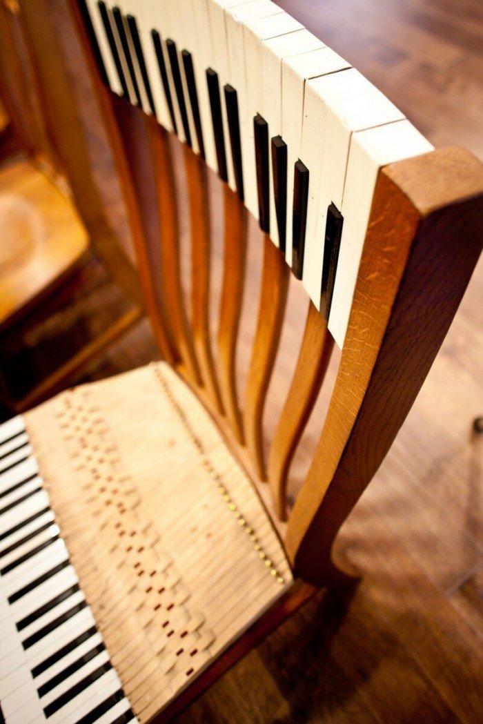 Креативная мебель из старого пианино