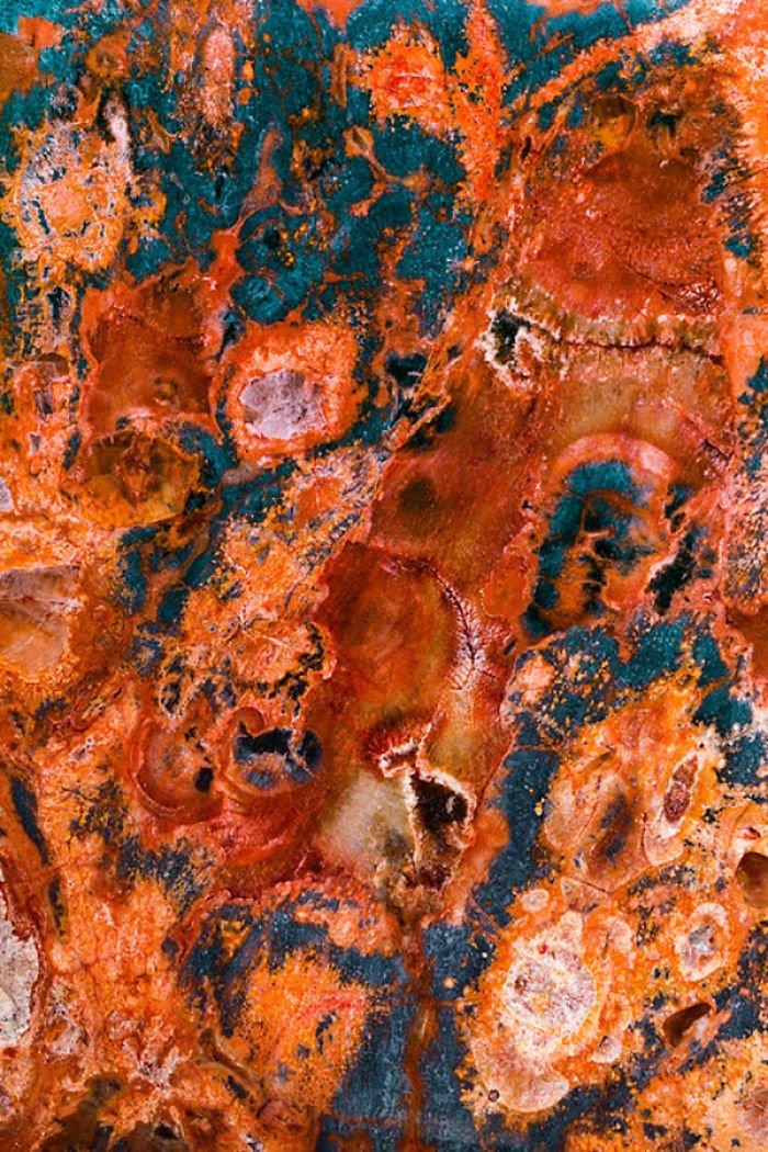 Камни и минералы на снимках Криса Перани